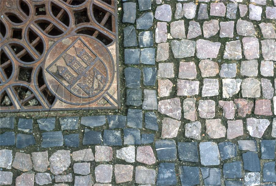 Drain cover / Location: Prague, Czech Republic
